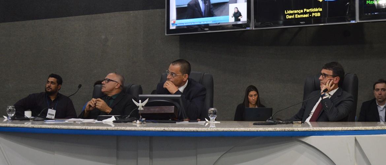 Em Sessão Ordinária os vereadores aprovam a Lei Orçamentária para o ano de 2020