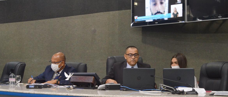 Em sessão virtual vereadores aprovam a divulgação do déficit de médicos