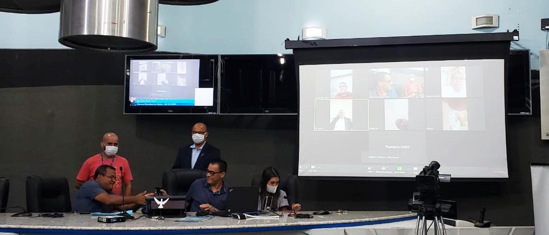 Câmara realiza primeira sessão virtual da história