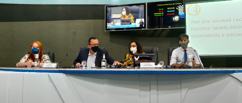 Comissão de Direitos Humanos defende vacinação de mulheres que amamentam
